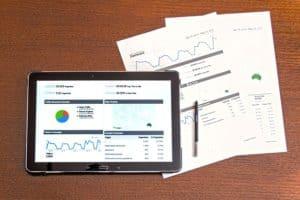 השוואת ניהול תיקי השקעות